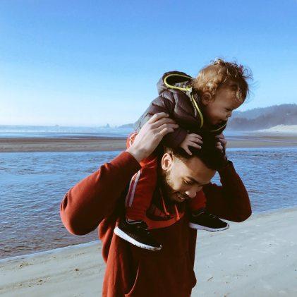 beach-child-family-351495