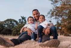affection-children-dad-1470109